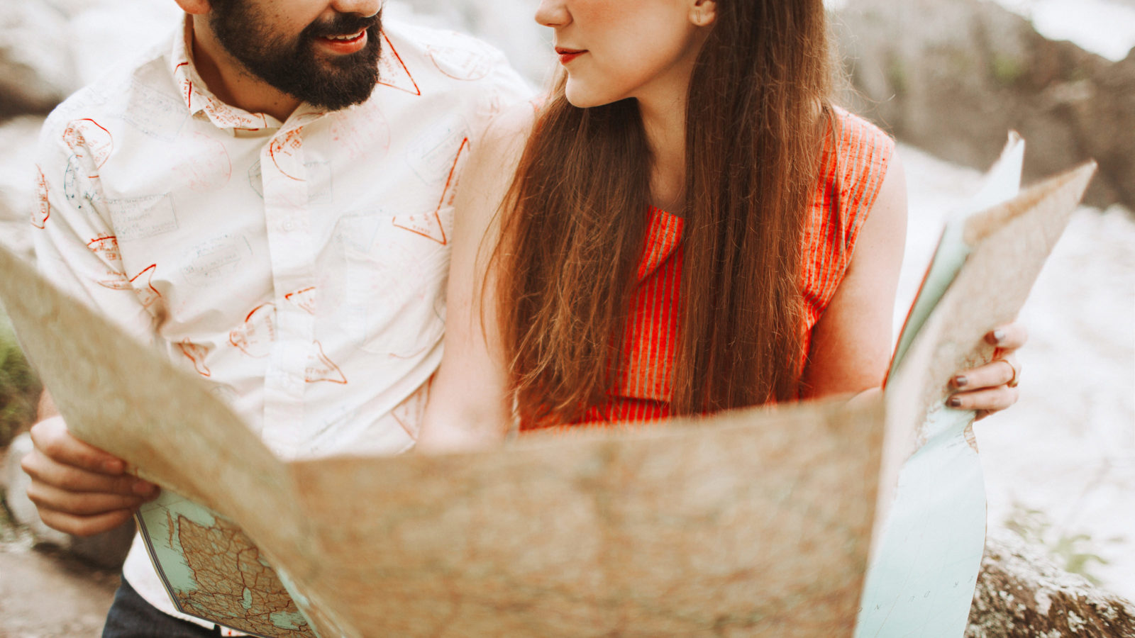 9 Tips for Picking and Engagement Session
